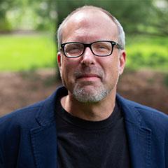 Headshot of Mike Stern