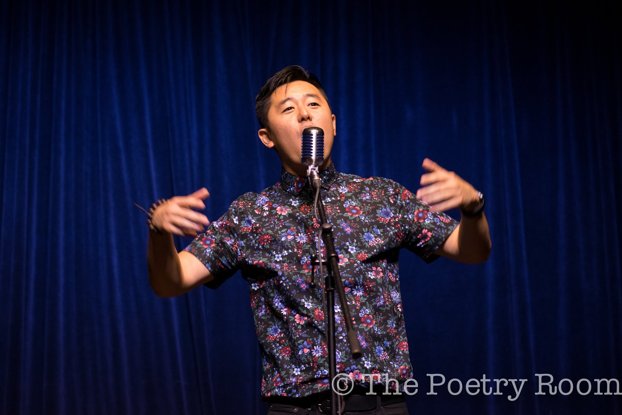 Photo of Masaki Takahashi hosting The Poetry Room