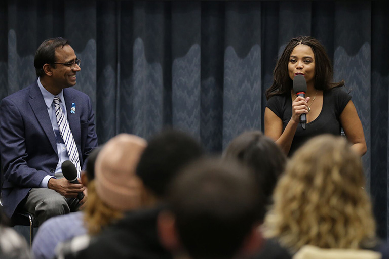 Jemele Hill speaks to students at ComArtSci