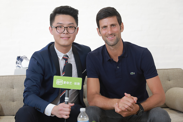 Liu interviews former world No. 1 Novak Djokovic in Melbourne before the 2018 Australian Open.