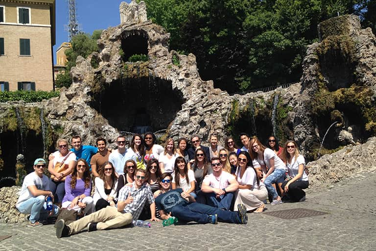 The 2015 Made in Italy study abroad students posing for a group photo in the streets of Italy.